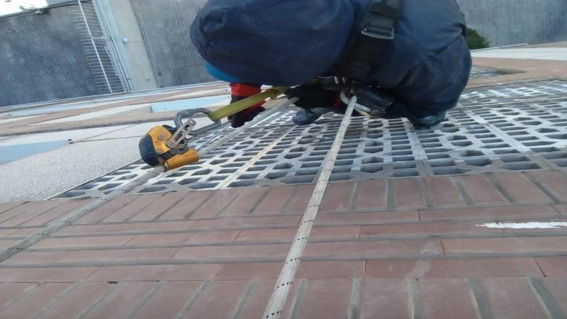 تمیز کردن دود از نمای ساختمان