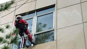 شستشو و نظافت نمای ساختمان