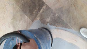 پاک کردن لکه از روی سنگ