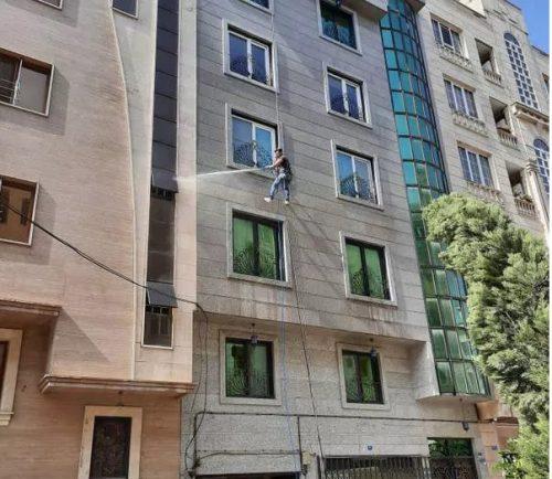 شستشوی پنجره ساختمان