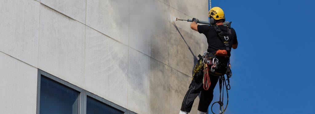 تاثیر اسیدشویی در کاهش مصرف آب و برق در خدمات نماشويي ساختمان